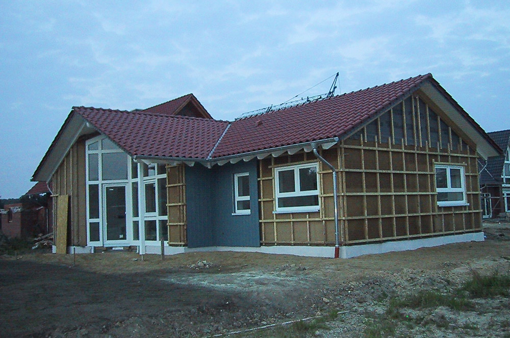 Blaue Fassade gebaut von Thorsten Stielau aus Wolfsburg